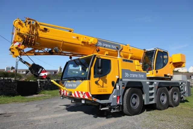 50 Tonne Capacity Mobile Crane